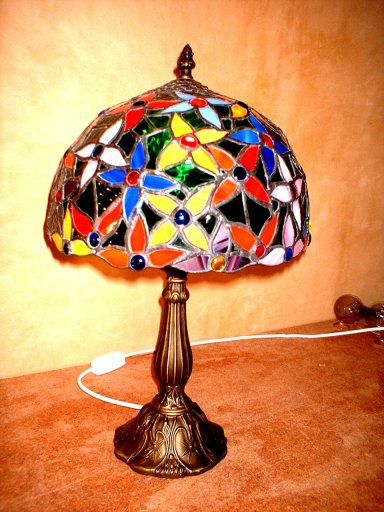 Small Flower Mould Stained Glass Lamp
