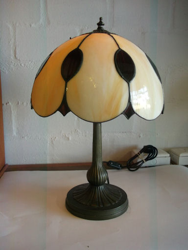 SGBSLMP200 Stained Glass Lamp