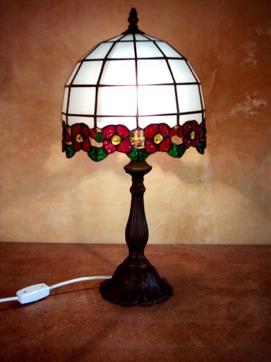 SGMISKB-100 Stained Glass Table Lamp